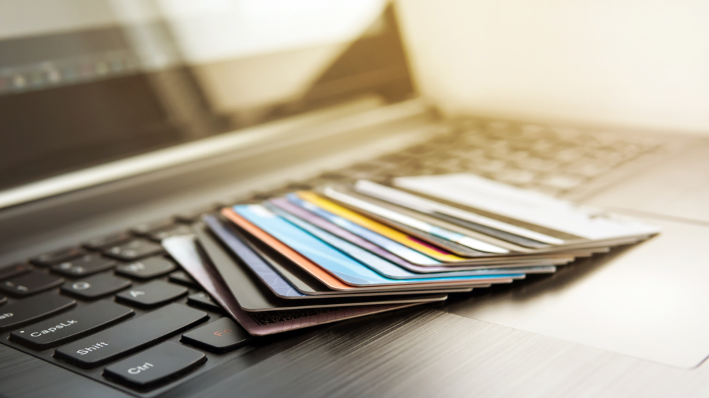 Best Rewards Credit Cards you Need in 2021 - BY SARAH BUYSSE